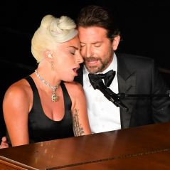 """Lady Gaga et Bradley Cooper complices aux Oscars : """"Ils ont vu de l'amour ? C'est ce qu'on voulait"""""""