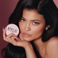 Kylie Jenner devient officiellement la plus jeune milliardaire de tous les temps 💵