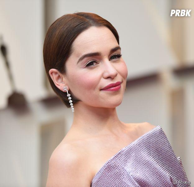 Emilia Clarke révèle avoir survécu à deux ruptures d'anévrisme — Game of Thrones
