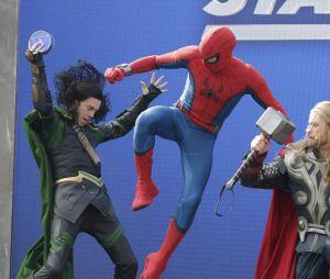 """Disneyland Paris : le spectacle """"Stark Expo : Place à l'Avenir !"""" avec Thor, Loki et Spider-Man"""