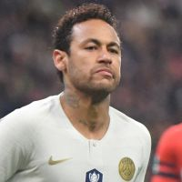 Neymar frappe un supporter rennais après la défaite du PSG : il réagit à la vidéo choc