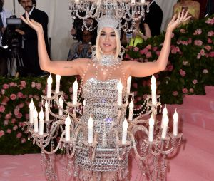 Katy Perry sur le red carpet du Met Gala 2019
