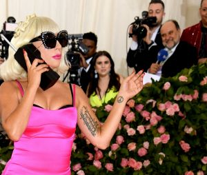 Lady Gaga sur le red carpet du Met Gala 2019