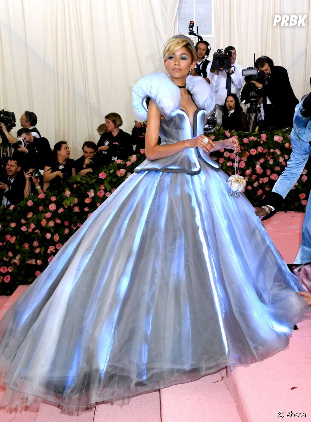 Zendaya sur le red carpet du Met Gala 2019