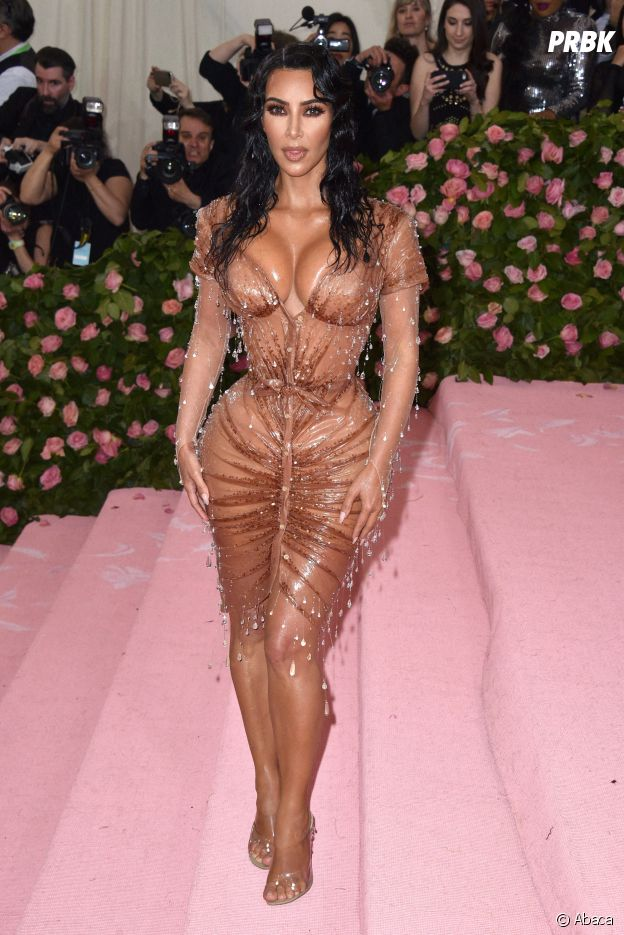 Kim Kardashian sur le red carpet du Met Gala 2019