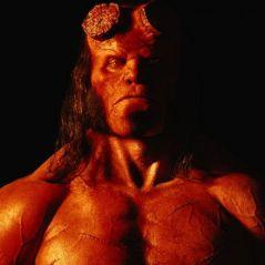 Hellboy : le shériff de Stranger Things chasse les démons et ça fait mal ! (bande-annonce)