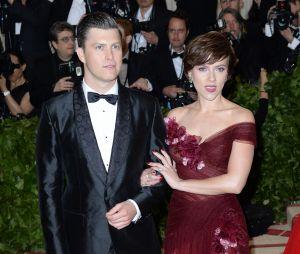 Scarlett Johansson fiancée à Colin Jost après deux ans de relation