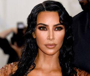 Découvrez le premier job de Kim Kardashian avant de devenir célèbre