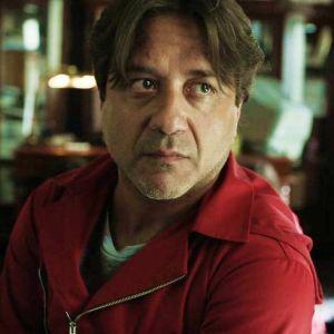 """Enrique Arce (La Casa de Papel) insulté à cause d'Arturo : """"J'ai reçu des menaces de mort"""""""