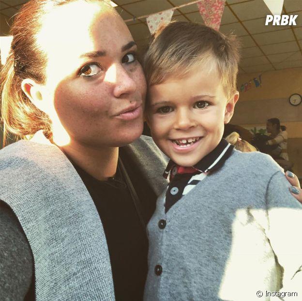 Kelly Helard pose avec son fils Lyam sur Instagram