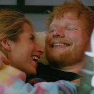 """Ed Sheeran amoureux et complice avec Cherry Seaborn, sa femme, dans le clip """"Put It All On Me"""""""
