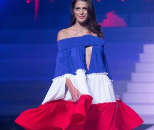 Iris Mittenaere lors du dernier défilé Haute-Couture de Jean-Paul Gaultier à la Paris Fashion Week