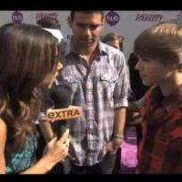 Justin Bieber ... Il réaffirme être célibataire en vidéo