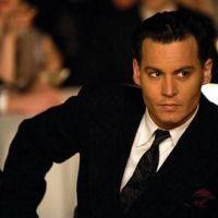 Johnny Depp nu au cinéma ... Vanessa Paradis pas d'accord