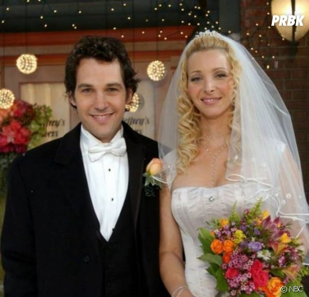 Friends : Phoebe et Mike toujours mariés ou séparés ? Lisa Kudrow répond