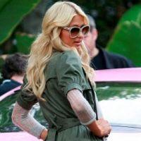 Photos ... Paris Hilton ... Fashion et à fond dans la Pink Touch