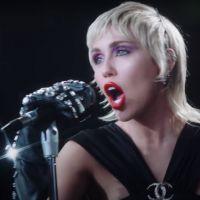 Miley Cyrus : boules à facettes, paillettes... La chanteuse en mode disco dans le clip Midnight Sky