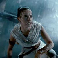 """Star Wars 9 : Daisy Ridley tacle les origines de Rey, """"Ca n'arrêtait pas de changer en coulisses"""""""
