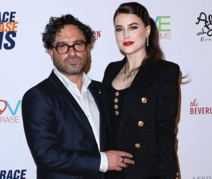 Johnny Galecki (The Big Bang Theory) séparé d'Alaina Meyer, la mère de son bébé ? Les parents d'Avery auraient rompu