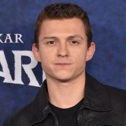 """Tom Holland (Spider-Man) souffre de sa célébrité : """"Je le vis très mal"""""""