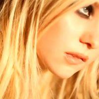 Taylor Momsen ... sa vidéo sexy pour le parfum Parlez-moi d'Amour