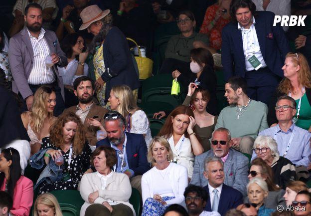 Phoebe Dynevor et Pete Davidson à Wimbledon le 3 juillet 2021