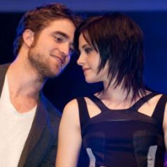 Robert Pattinson et Kristen Stewart ... Leur baiser fougueux à Rio (VIDEO)