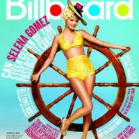 Selena Gomez ... Blonde et sexy vintage pour Billboard (PHOTO)