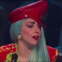 Lady Gaga en pleurs devant des danseurs ... une première à la télévision (VIDEO)