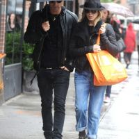 Jennifer Aniston et Justin Theroux : fous amoureux à New York (PHOTOS)
