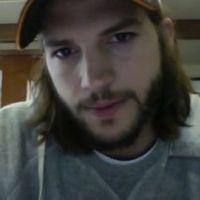 Ashton Kutcher préfère philosopher que parler de ses problèmes