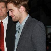 Twilight 4 : promo charmeuse à New York pour Robert Pattinson (PHOTOS et VIDEO)