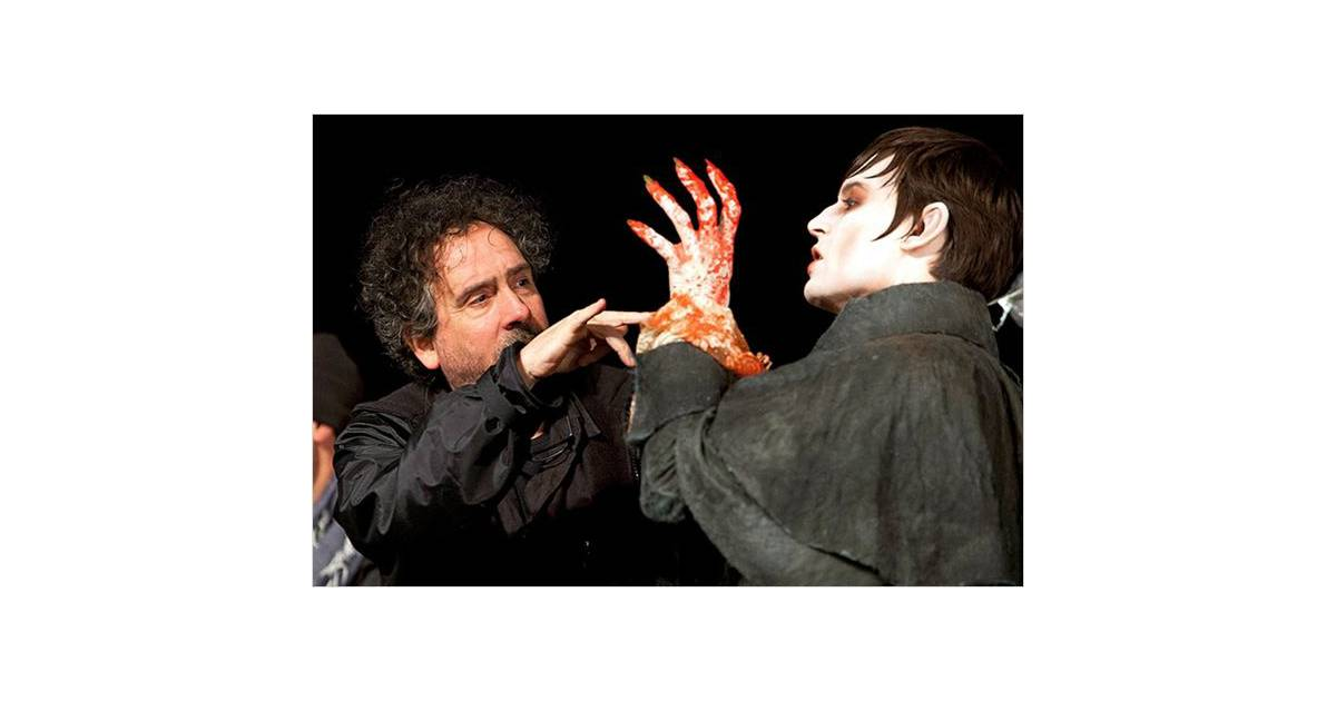 Johnny Depp et Tim Burton sur le tournage de Dark Shadows... Johnny Depp Broke