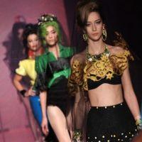 Jean Paul Gaultier et les trésors oubliés d'Amy Winehouse dans son défilé (PHOTOS)