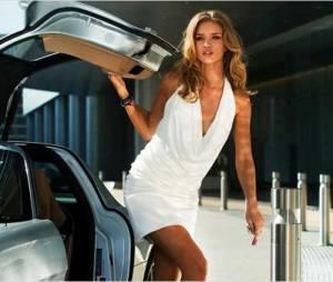 Rosie Huntington-Whiteley en promo pour Transformers 3