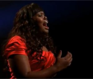 Amber Riley reprend I Will Always Love You dans Glee