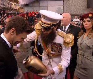 Sacha Baron Cohen et son buzz aux Oscars 2012