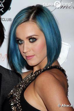 Les cheveux bleus de Katy Perry sont un hommage à Kate Winslet