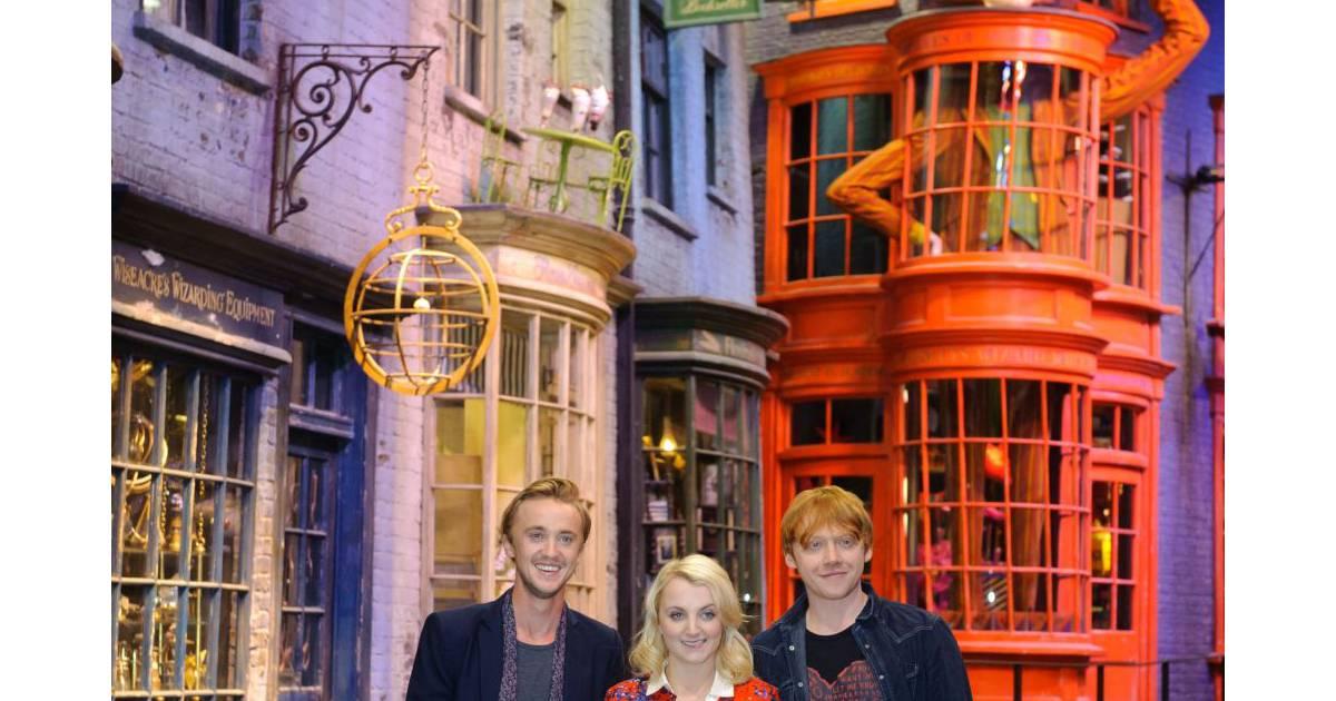 Harry potter le monde de poudlard ouvre ses portes en - Harry potter et les portes du temps bande annonce ...