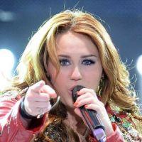 Miley Cyrus touche le fond : Elle veut arrêter sa carrière !