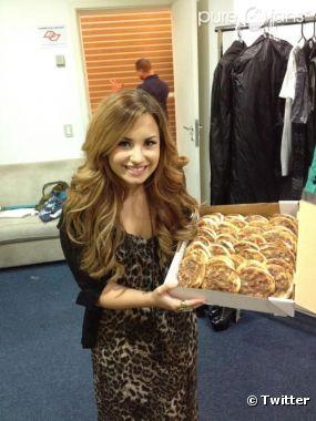 Demi Lovato offre des pizzas à ses fans