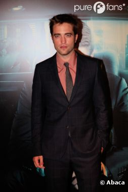 Robert Pattinson trop hot