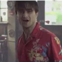 Daniel Radcliffe : gueule de bois au réveil pour ses potes de Slow Club (VIDEO)