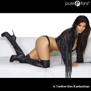 Kim Kardashian fière de ses fesses !