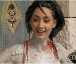 Sheryfa Luna recouverte de boue !