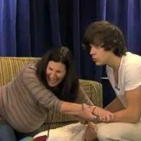 One Direction : piégés à la télé par une fausse femme enceinte (VIDEO)