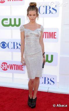 Annalynne McCord et les stars de 90210 sur le tapis rouge !