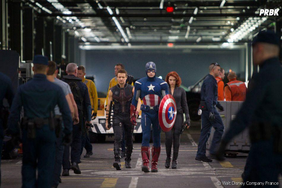 Les super-héros de  The Avengers  bossent pour  S.H.I.E.L.D