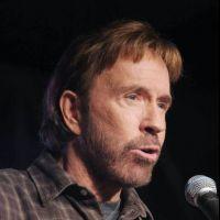 """Chuck Norris VS Obama : Twitter se lâche ! """"Quelqu'un peut lui dire qu'on est dans la vraie vie et pas dans un film ?"""""""