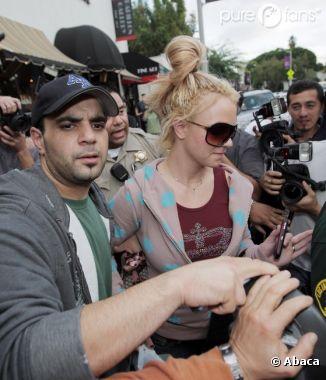 Sam Lufti, l'ex-manager de Britney accuse la star de s'être droguée en 2007